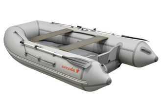 Лодка ПВХ 4х м., 330х160, г/п 430кг, баллон 440мм, до 15 л.с.,  с килем пол в комплекте ZVEZDA-330